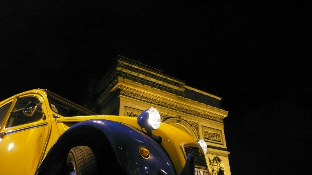 2CV Paris Tour - Visit Paris in a french 2CV
