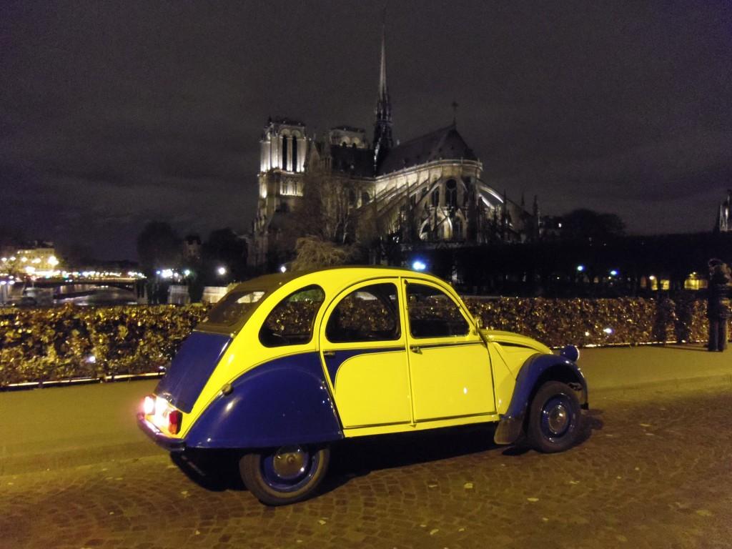 2CV Paris Tour - Paris By Night and Notre Dame