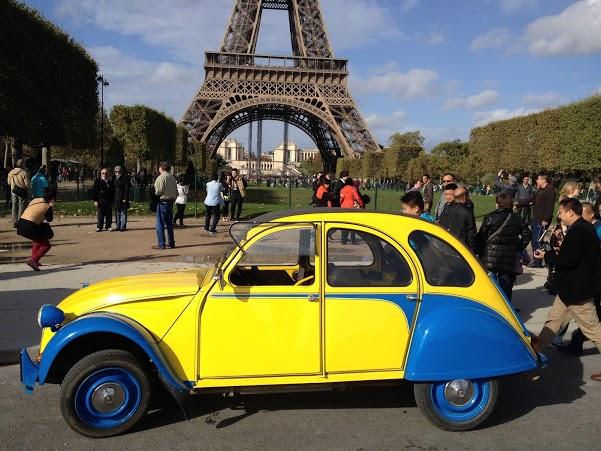 2CV Paris Tour - Tour Eiffel 1