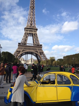 2CV Paris Tour - Tour Eiffel 3