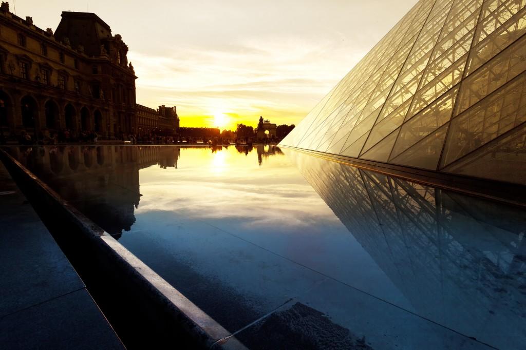 2CVParisTour : Paris Private Tours by 2CV! Paris 2CV Tours Photos