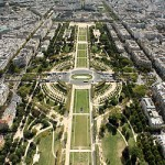 2CV Paris Tour : Paris Sightseeing Tours by 2CV! The Champs de Mars
