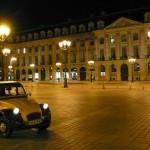 2CV Paris Tour : Visit Paris by 2CV! Place Vendôme by night