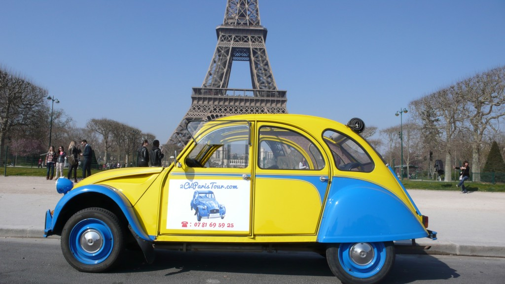 2CV Paris Tour : Visit Paris by 2CV! 2CV, Sun and Eiffel Tower