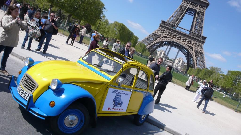 2CV Paris Tour : Visit Paris by 2CV! Ready to start!