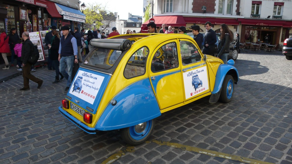 2CV Paris Tour : Visit Paris by 2CV! Near Place du Tertre