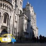 2CV Paris Tour : Visit Paris by 2CV! The left side of the Sacré-Coeur