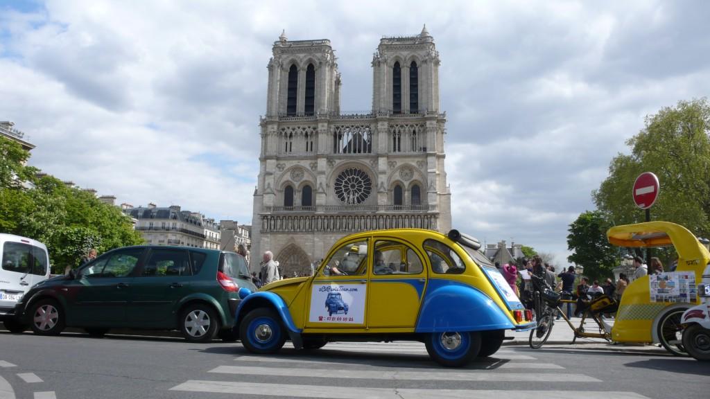 2CV Paris Tour - Visit Paris by 2CV! Notre Dame of Paris