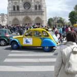 2CV Paris Tour - Visit Paris by 2CV! Leaving Notre Dame to Hotel de Ville