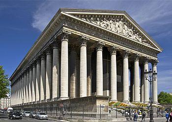 2CV Paris Tour : Paris Sightseeing Tours by 2CV! The Madeleine