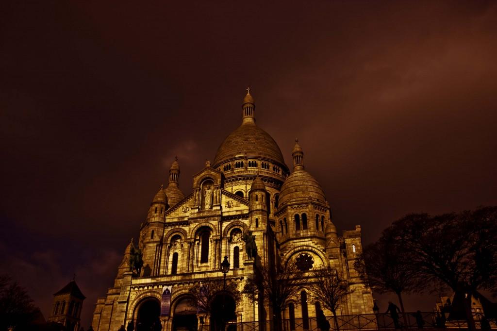 2CV Paris Tour - Montmartre By Night