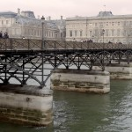 2CV Paris Tour : Visit Paris by 2CV! The Pont des Arts