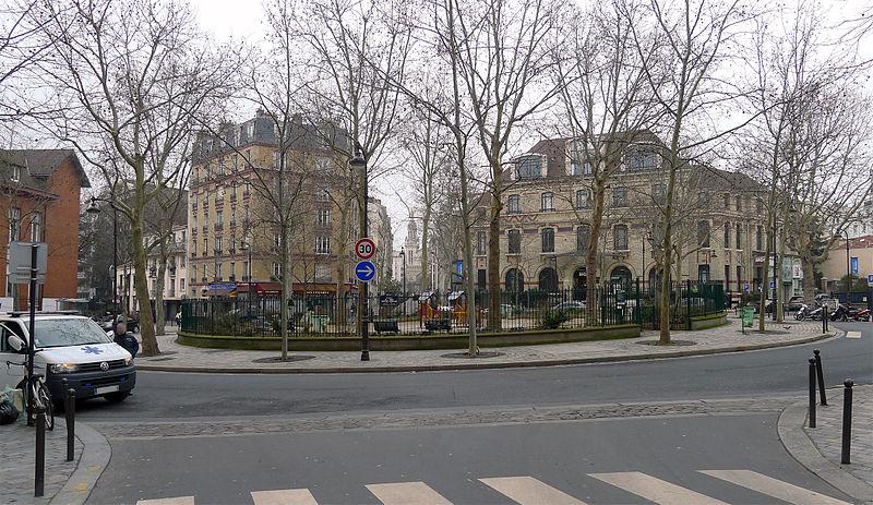 Place de l'Abbé Georges Hénocque