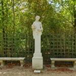 Versailles-statue-in-Gardens