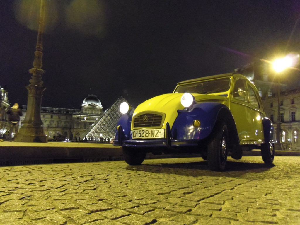 2CV Paris Tour - Paris By Night and Le Louvre
