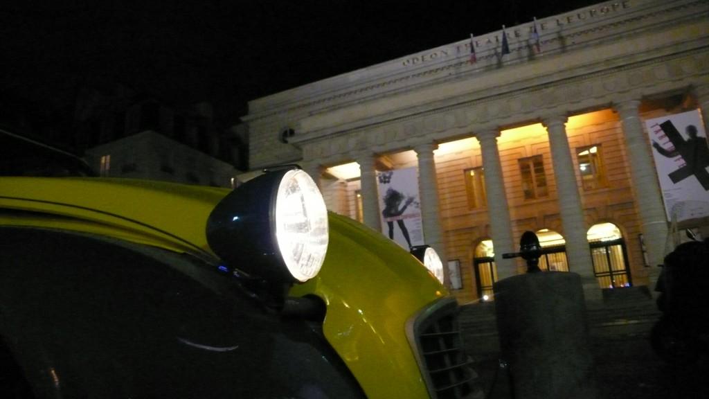 2CV Paris Tour - Visit Paris in a french 2CV! The Théâtre de l'Odéon