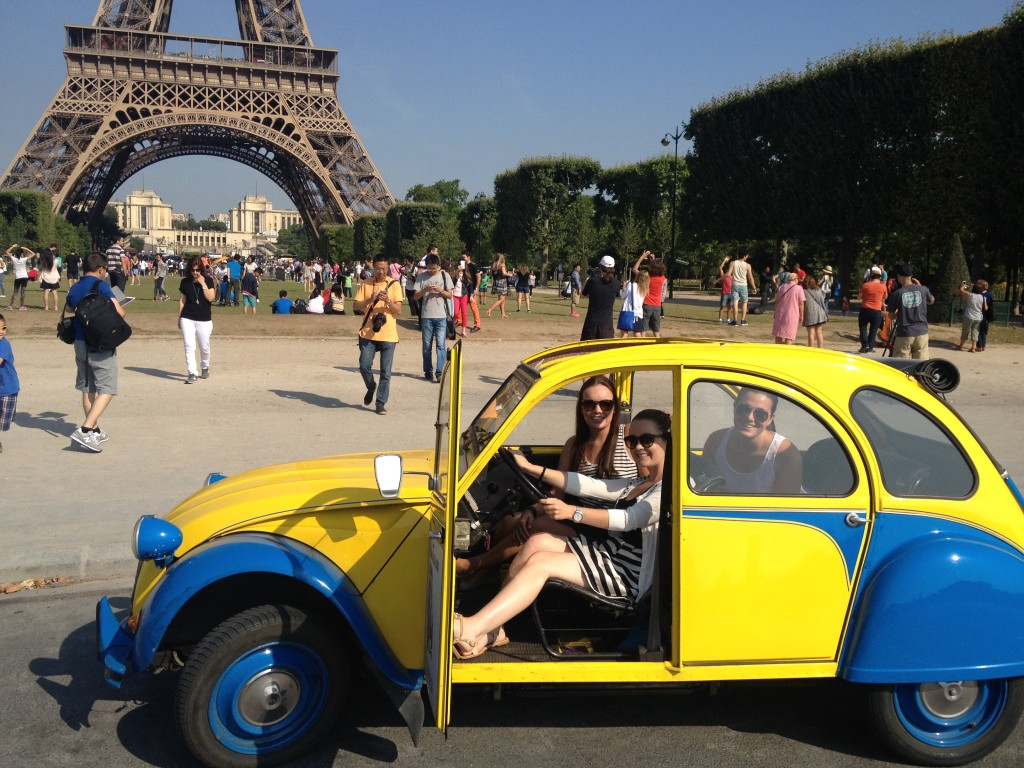 2CVParisTour - 2CV Sightseeing Paris tours