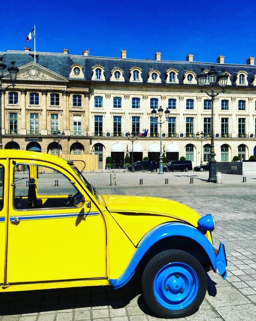 2CVParisTour-Place-Vendome-Sunny-Day