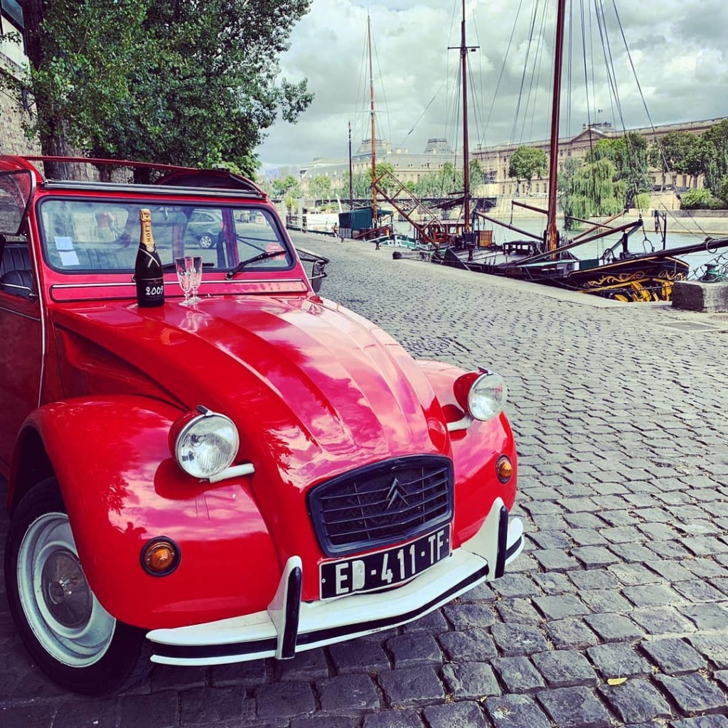 2CVParisTour-Red-2CV-Seine-River
