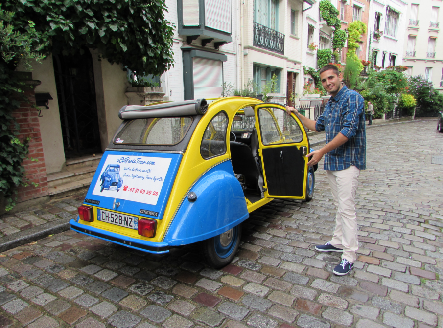 citroen 2cv in paris