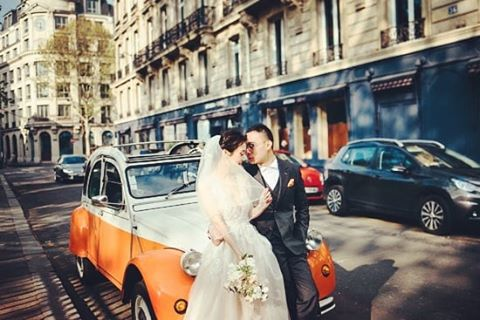 2CVParisTour-Wedding-Tour