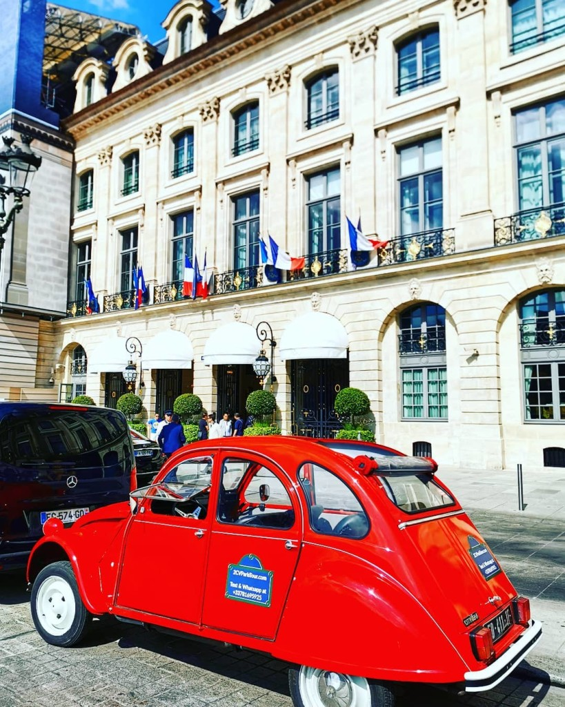 2CVParisTour-red-2CV-Paris-Tour