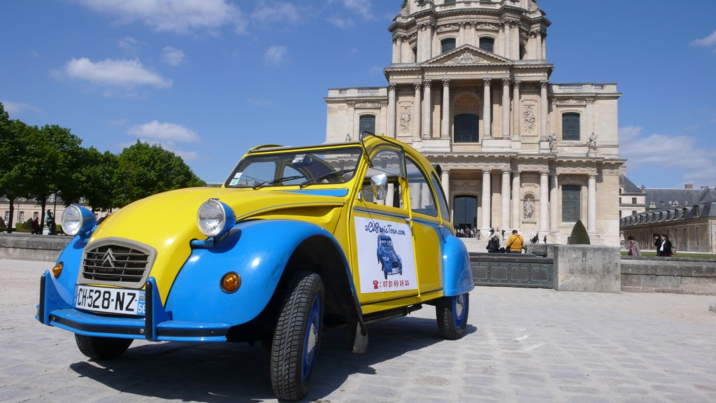 2CV Paris Tour : Visit Paris by 2CV! The Invalides and the 2CV