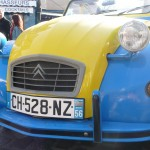 2CV Paris Tour : Visit Paris by 2CV! Place du Tertre and Eglantine the 2CV