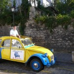 2CV Paris Tour : Visit Paris by 2CV! 2CV convertible roof for a sunny promenade