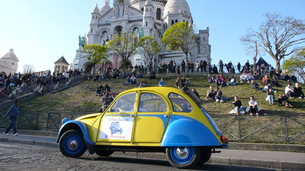 2CV Paris Tour : Visit Paris by 2CV! The Basilique of the Sacré Coeur