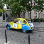 2CV Paris Tour - Visit Paris by 2CV! The statue of Dalida in Montmartre