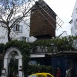 2CV Paris Tour - Visit Paris by 2CV! The Moulin de la Galette in Montmartre
