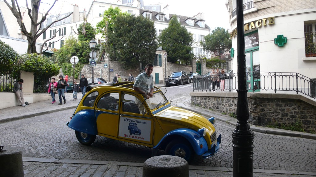 2CV Paris Tour - Visit Paris by 2CV! The Bateau Lavoir