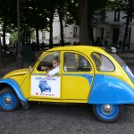 2CV Paris Tour - Visit Paris by 2CV! Leaving the Bateau Lavoir