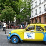 2CV Paris Tour - Visit Paris by 2CV! A café in Montmartre