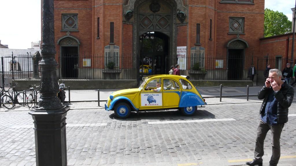 2CV Paris Tour - Visit Paris by 2CV! The Church of Saint-Jean de Montmartre