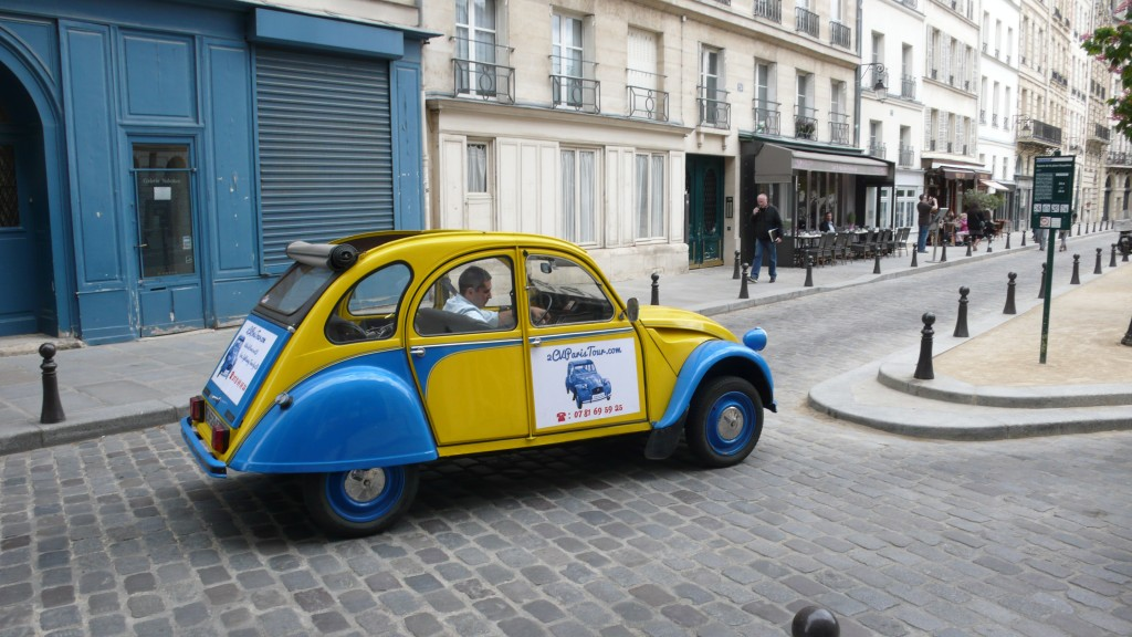 2CV Paris Tour - Visit Paris by 2CV! Place Dauphine