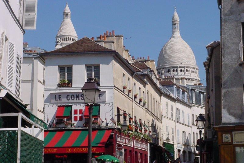 2CV Paris Tour : Visit Paris by 2CV! Montmartre